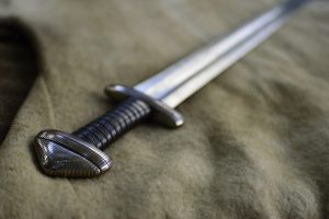 Did you know that the ancient swords used in battle had two sides for two different functions?